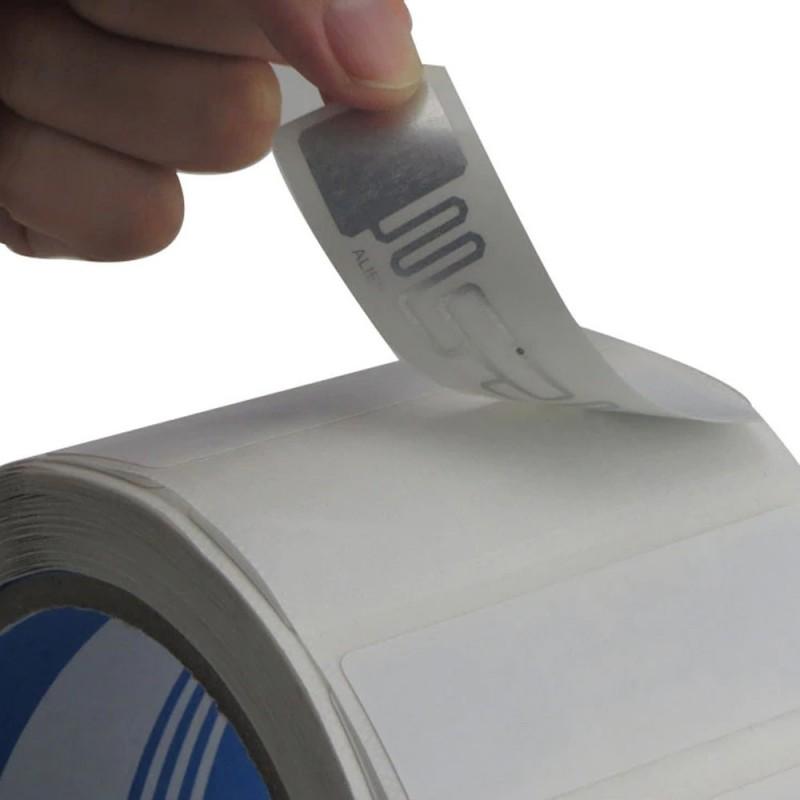 Rola etichete autoadezive UHF anti-metal, Chip Impinj/Monza R6-P, set 100 role